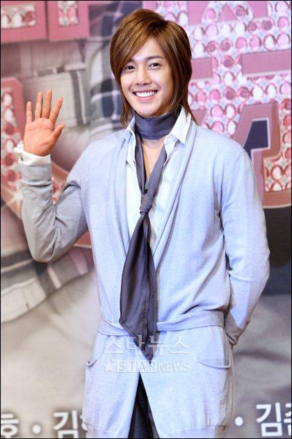 [★포토]SS501 김현중, '꽃보다 남자' 안방극장 인사드려요