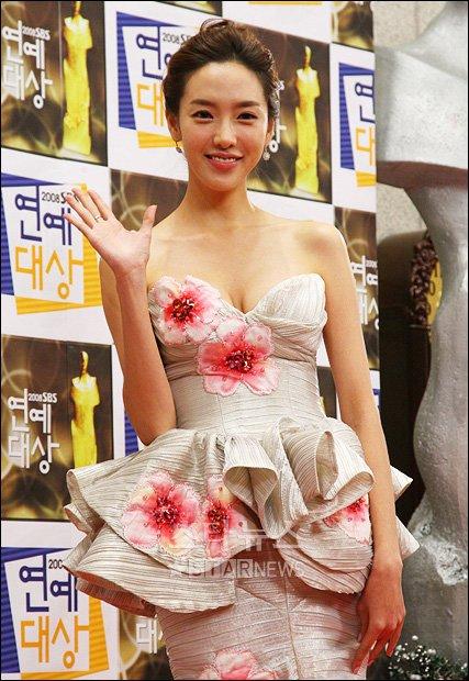[★포토]김라나 '한송이 꽃 같나요?'
