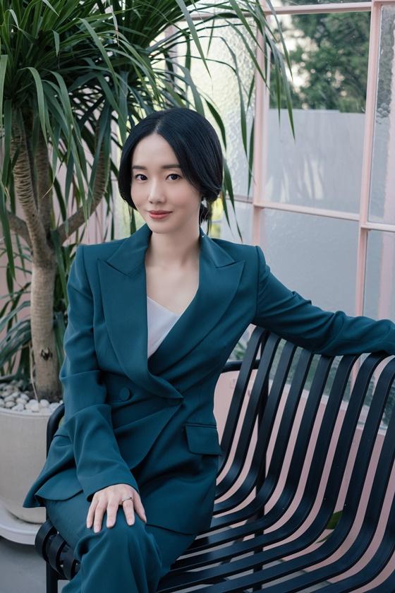 배우 이정현 /사진제공=KTH