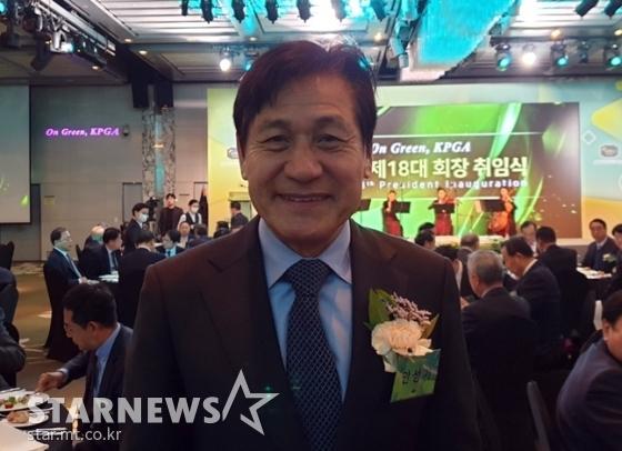 14일 구자철 KPGA 회장 취임식에 참석한 안성기 홍보대사./사진=심혜진 기자