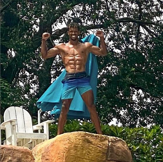 근육질 몸매를 드러낸 루이스 나니. /사진=루이스 나니 인스타그램