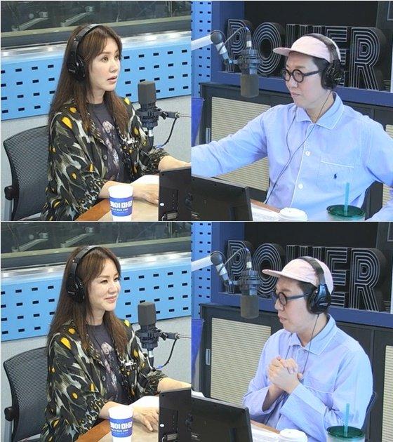 영화 \'오케이 마담\'에 출연하는 배우 엄정화 /사진=SBS 파워FM \'김영철의 파워FM\' 보는 라디오 방송화면 캡처