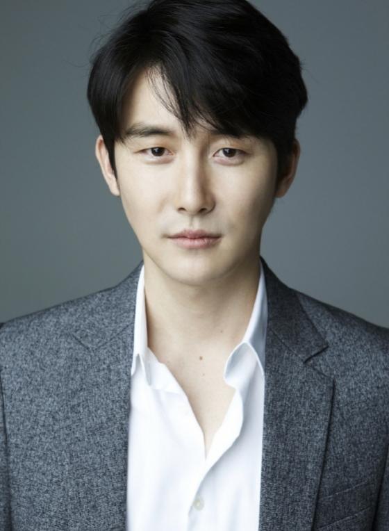 '지푸라기' 김준한, 호두앤유와 전속계약..김혜수 이성민과 한솥밥