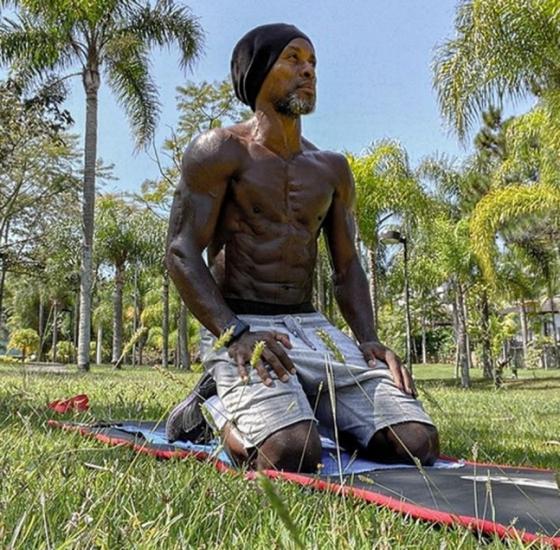 공원에서 개인 운동 중인 제 호베르투./사진=제 호베르투 인스타그램