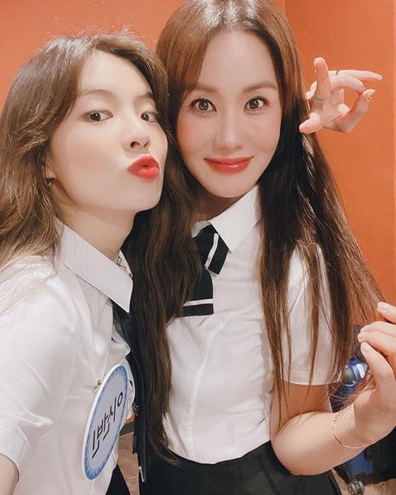 영화 '오케이 마담'에 출연한 배우 엄정화, 이선빈 /사진=엄정화 인스타그램