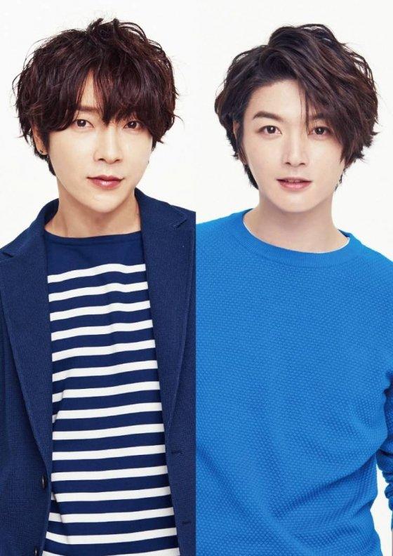슈퍼노바 멤버 윤학(왼쪽)과 성제/사진=일본 공식 홈페이지 캡처