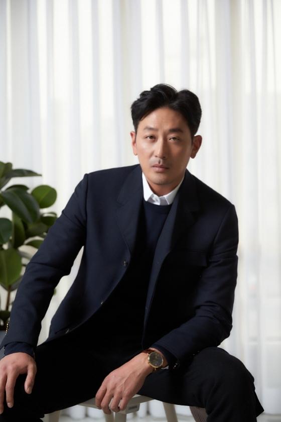카카오M '야행' 제작과 롯데시네마 극장 20% 폐점