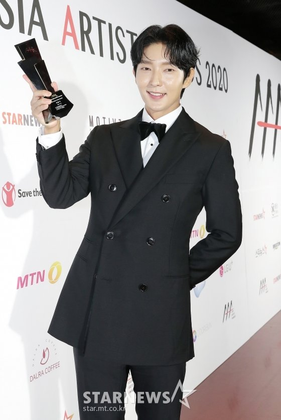 2020 Asia Artist Awards(2020 아시아 아티스트 어워즈) 배우 부문 베스트 아티스트상, 아시아 셀러브리티상 수상자 이준기/사진=김창현 기자 chmt@