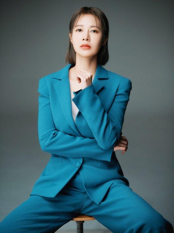 OCN 토일 오리지널 \'경이로운 소문\' 김정영 역 배우 최윤영/사진제공=킹스랜드