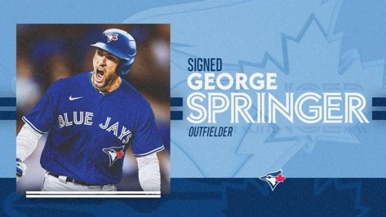 토론토가 조지 스프링어와 계약했다고 공식 발표했다./사진=토론토 트위터
