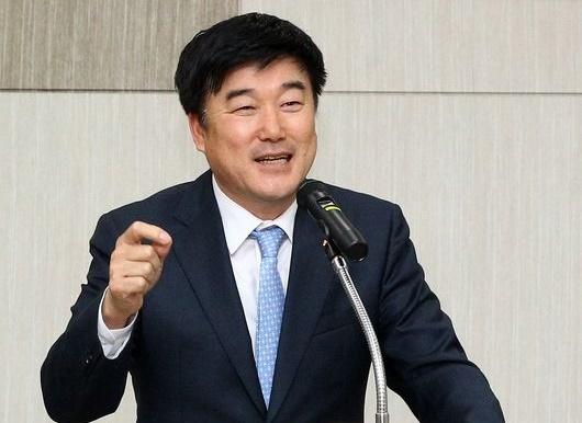 민경삼 사장.  /사진=SK 와이번스