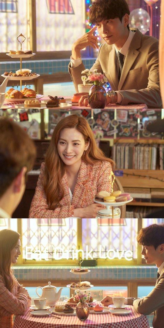 MBC 수목미니시리즈 '오! 주인님'에서 이민기, 나나의 로맨틱한 눈맞춤이 포착됐다./사진제공 = 넘버쓰리픽쳐스