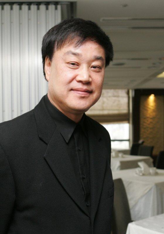 한국영화계 좌장이던 이춘연 씨네2000 대표가 11일 갑작스럽게 세상을 떠났다.
