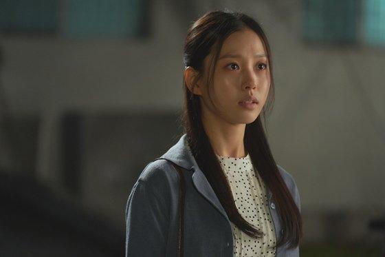 KBS 2TV 월화드라마 '오월의 청춘'의 고민시/사진=이야기 사냥꾼