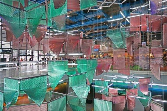 양혜규, '좀처럼 가시지 않는 누스(Lingering Nous; nous 지성, 상식)', The Centre Pompidou, Paris, 2016.  사진제공= Jean-Pierre Dalbera via Flickr/Creative Commons.