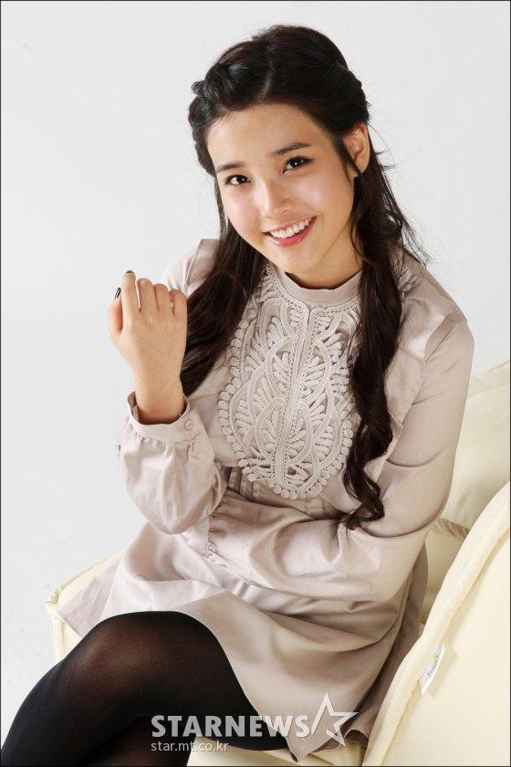 2009년 데뷔 직후 스타뉴스와 인터뷰 당시 아이유의 모습. /사진=스타뉴스