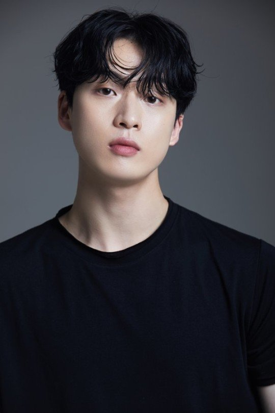 배우 김강민이 코로나19 확진 판정을 받았다. /사진제공=이니셜엔터테인먼트