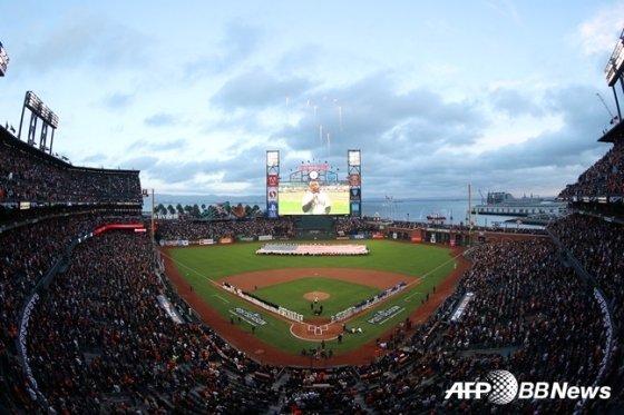 지난 9일(한국시간) 샌프란시스코-LA 다저스의 내셔널리그 디비전시리즈 1차전이 열린 오러클파크 전경.  /AFPBBNews=뉴스1