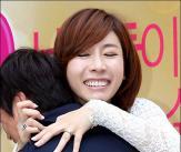 곽현아 '제 품에 안기세요!'