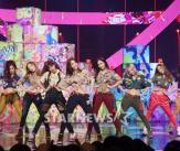 소녀시대 '인형들의 빈틈없는 포즈!'