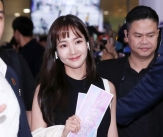박민영 '베트남에서도 단연 돋보이는 미모'