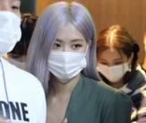 블랙핑크 '더 예뻐진 미모로 인사'