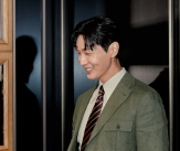 지현우 '여심 잡는 미소'