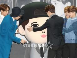 EXO, 바쁜 <strong>레이</strong>는 캐릭터 인형으로 대체!