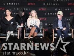 한국 찾은 '6 언더그라운드' 주역들