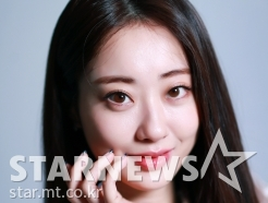 박경리 '미소 속 팜므파탈'