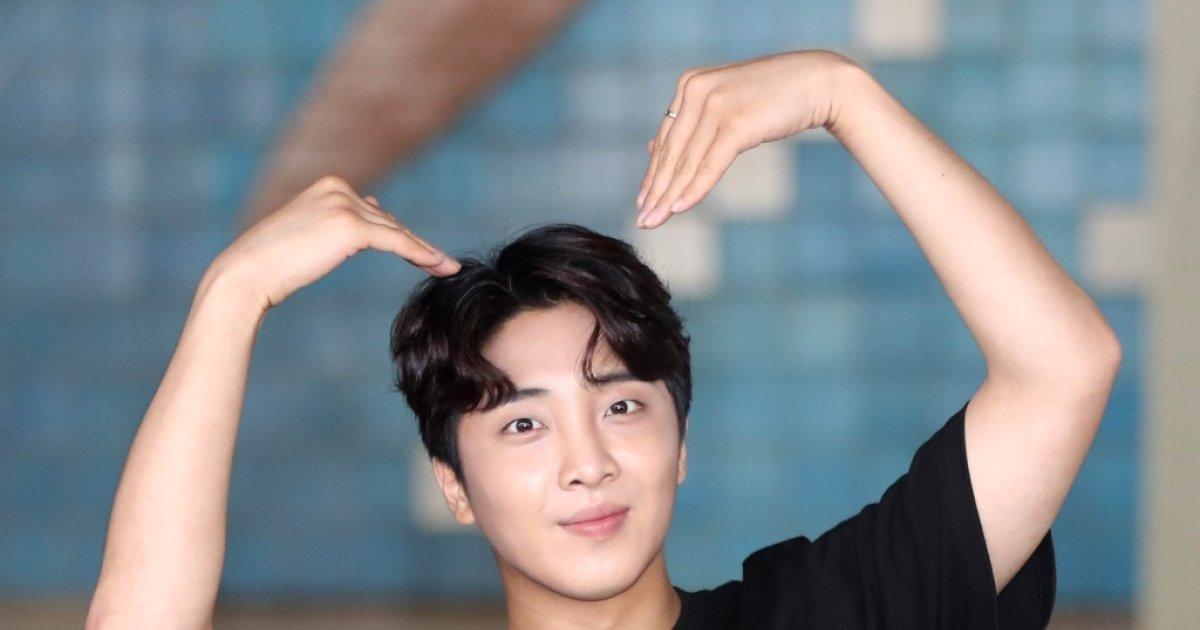 [E포토]박수홍-안서현, 황금촬영상 영화제 많이 사랑해주세요
